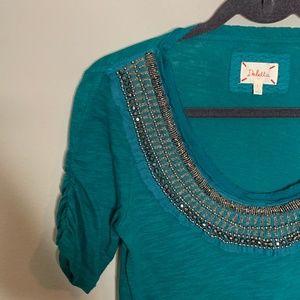 Deletta l Jewelscape Embellished Short Sleeve Top